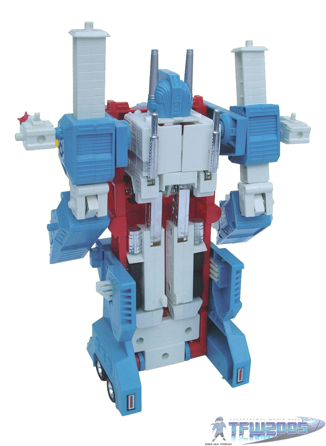 Ultra Magnus ultra-magnus-backUltra Magnus Toy