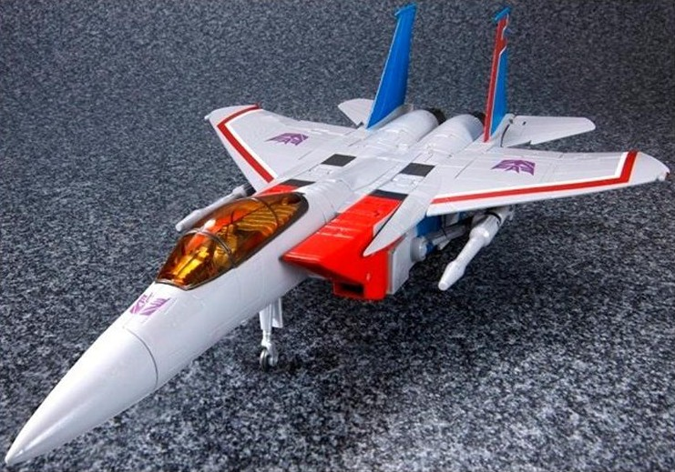 Starscream (Version 2.0) Masterpiece-Starscream-MP11-3