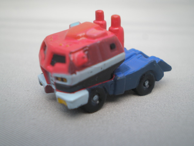 Optimus Prime (BIP Candy Toy, Vehicle Mode) Image