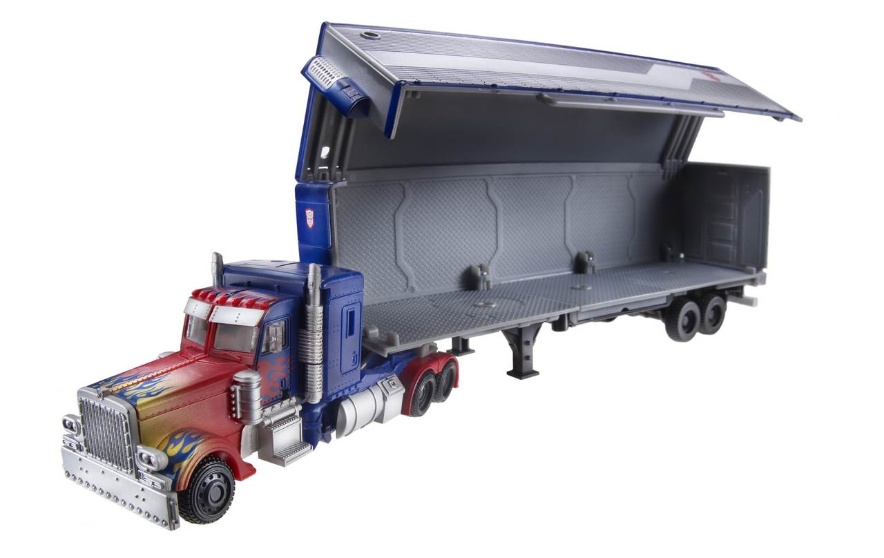 Optimus Prime with Trailer (Movie Trilogy) TF-Movie-All-Star-Optimus-w_trailer-vehicle-open-38840