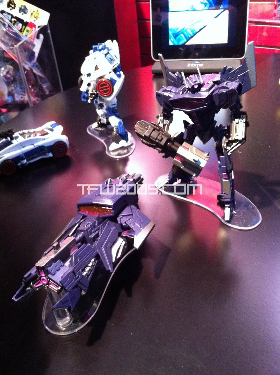Shockwave Toy-Fair-2012-Transformers-Generations-2012-002