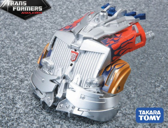 Optimus Prime (Striker, Asia Version) Asia-Striker-Optimus-Prime-5