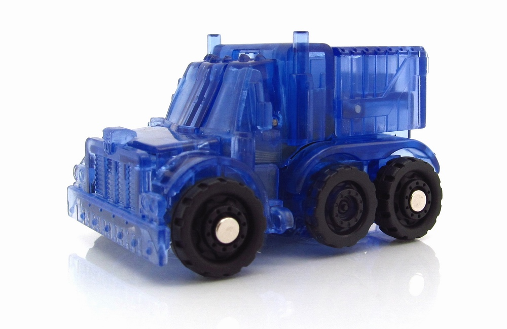 Optimus Prime (Chase) Clear-Blue-Optimus-Prime-18