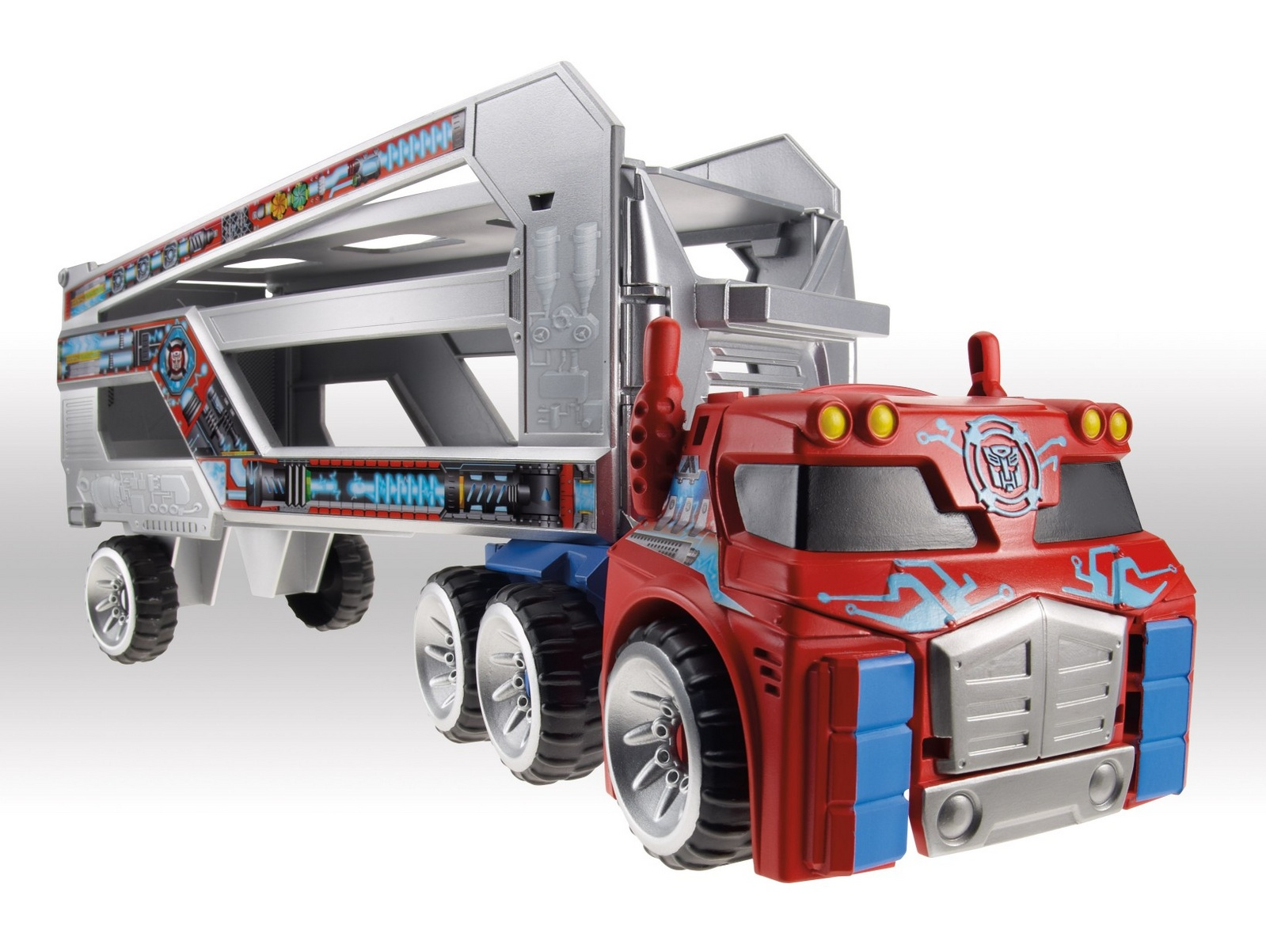 Optimus Prime Rescue Trailer Image